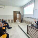 دورة تعليمية بعنوان(التعليم الإلكتروني وكيفية إدارة الصف)